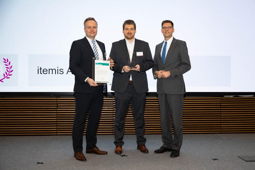 itemis AG wird mit dem SCHULEWIRTSCHAFT-Preis ausgezeichnet - Preview image